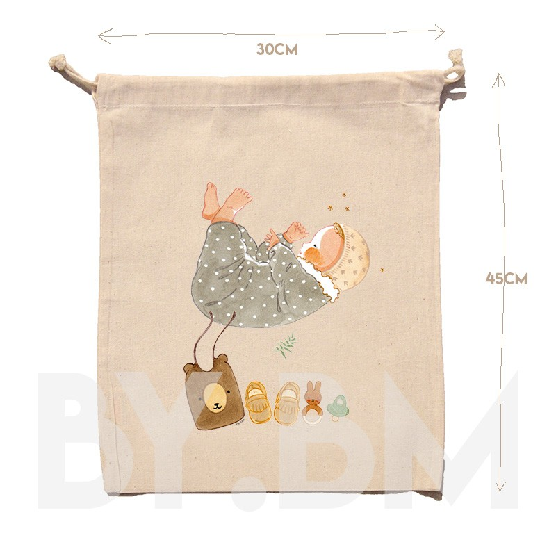 45x30cm organic cotton pouch with an original artistic illustration of a newborn baby and his trousseau