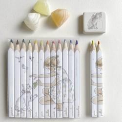 Crayons de couleur et gomme